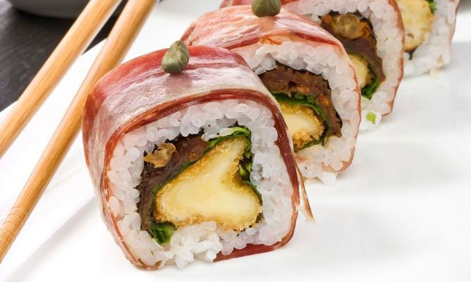Recipe: Mediterranean Sushi Roll with Iberian Ham