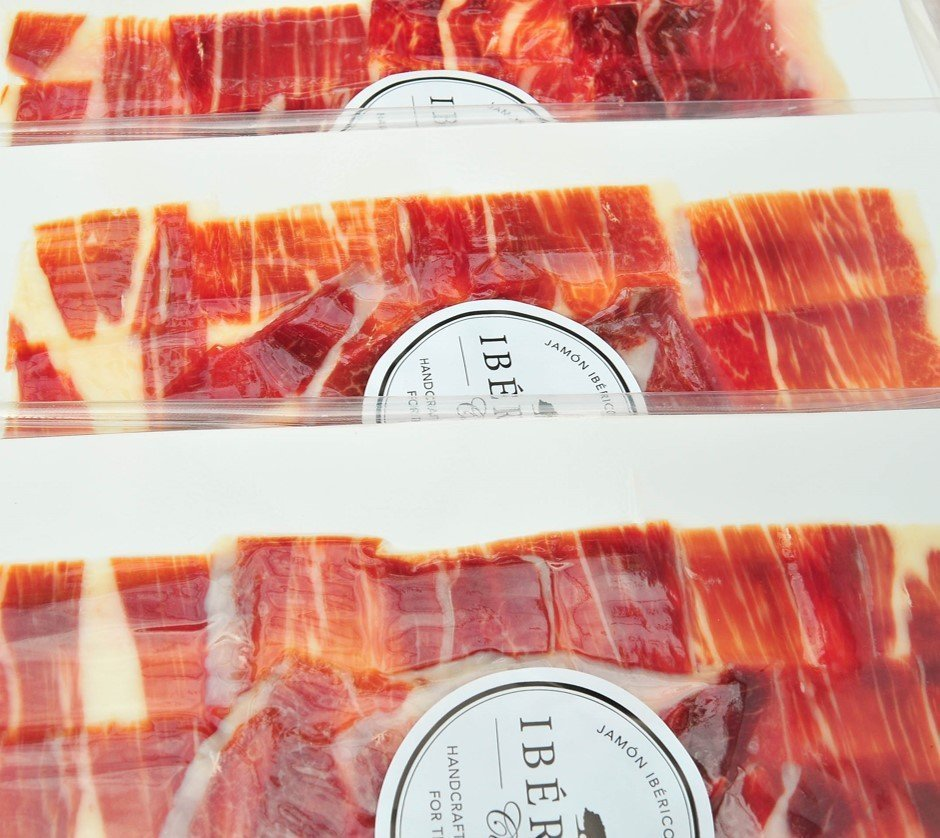 Sliced hand carved ham | Free Shipping | Iberico Club™
